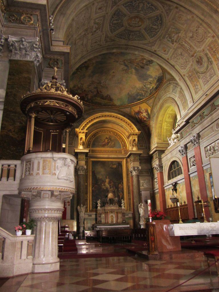 de prachtige basiliek van Eger